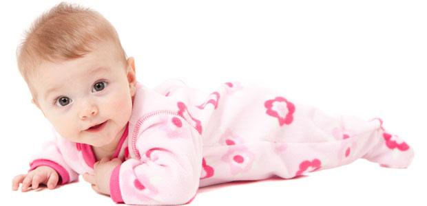 31af5b15979 Quando é que o bebé começa a segurar a cabeça  - Mãe-Me-Quer