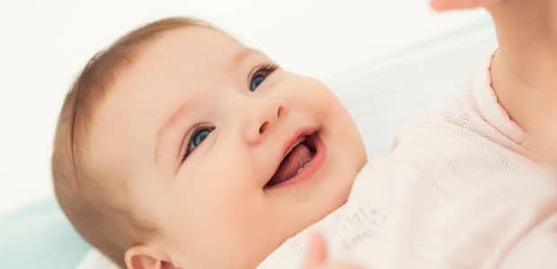 7502f554d18 Furar as orelhas a um bebé  tudo o que deve saber - Mãe-Me-Quer